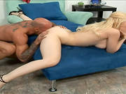 Blond Babe Kagney Lynn Carter Sucks A Shaft And Gets Her Pussy Pounded