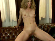 Curvy Milf Abby Darling Gets Her Vag Drilled By A Fucking Machine